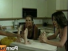Lesbian 3-Way With Dildos