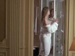 Carolina Bang desnuda en La daga de rasputin