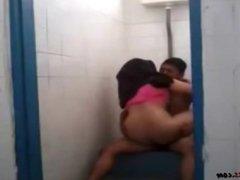 Muslim Sex In Toilet