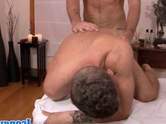 Masseuse turns client onto hot hard cock