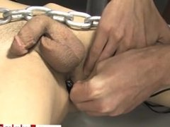 Hairy naked gay dutch porn Roxy likes every minute of this stellar