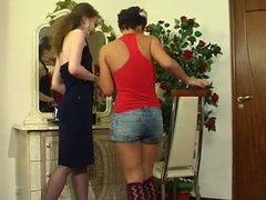 RUSSIAN MATURE LEILA & SHEILA 07