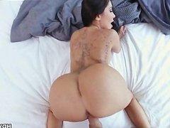 Big Booty Big Tit Milf POV Fuck Lela Star