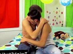 Gay teens porno videos gratis Camden