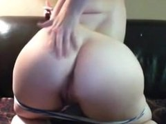 Tattoed girl with big booty. Jennine LIVE on 1fuckdate.com