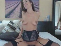 ebcam slut loves to put toys in her pussy porntube webcam - CamsBros.com