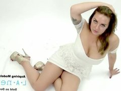 SUPERMODEL FUCKED DURING PHOTO SHOOT AUDITION