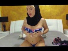 Arab In Hijab and Leggings Masturbates On Cam