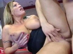Mommy is making boy crazy - See more @ www.onlinecamgirlsnow.eu