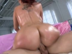 Kelly Divine pawg 3