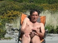 Steve wanking2 at beach and cums