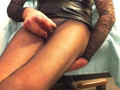 Triple cum on my black pantyhose-Tripla sborrata in collants