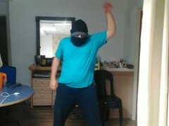 Arabic gay from Isis doing sexy dance