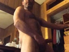 Str8 Daddy Jerks Off for Me