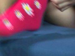 Eva's long toes 1