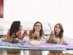 Amateur teen babes party
