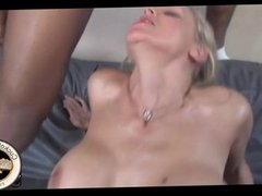 Hot white wife humiliates her hubby with BBCs