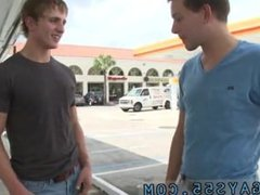 Video porno gay hot In this weeks out in public update...were off doing