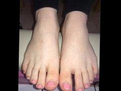 Alexia moves her sexy feet