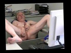 Webcam session with cumshot!