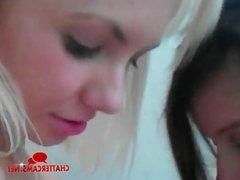 Three Teen Babes in a Bath Webcam