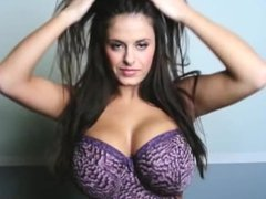 Wendy Fiore changing bra