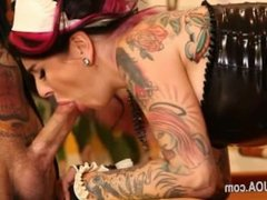 Extreme punk sex with famous fetish beauty