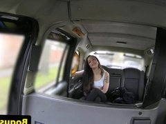 Flashing facialized teen amateur in fake taxi