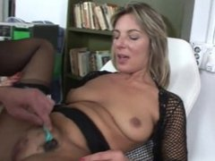Dr treats From SEXDATEMILF.COM horny pussy with a shave and hard cock