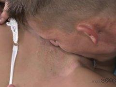 Blonde Babe Reaches Fantastic Orgasm
