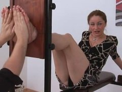 milf vanda sexy bare soles tickled