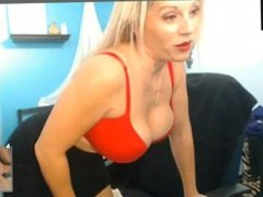 Milf gives Small Penis Humiliation