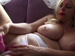 Busty mature mother From SEXDATEMILF.COM needs a good fuck