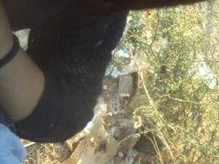 Estudiante de arica chupando pene en los matorrales