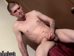 Gay movie Nolan Loves To Get Drenched