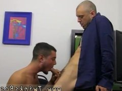 Head fuck gay sex porn He's helping out the hunky Kris Anderson with his