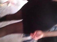 Unas ricas nalgas en minifalda y pantimedias