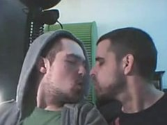 Smoking and Kissing - 4 min
