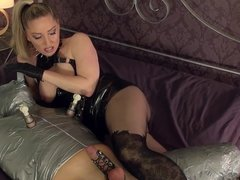 Mistress bangs the wrapped Slave