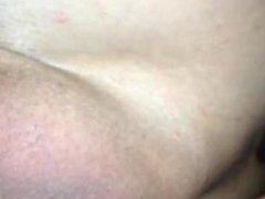 travail de mon cul au plug de 9cm de diametre