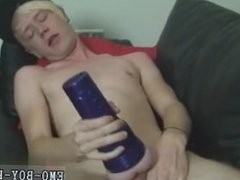 Skinny gay emo porn Local dude Phoenix Link returns this week to show off