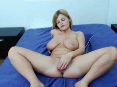 blonde with big boobs masturbate on webcam - more videos on girlsfuckoncam.