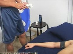 Gay porn sex tube He briefly begins to chat to me as I touch and