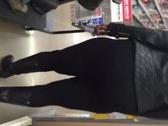 Tall big booty MILF in black pants o