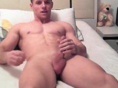 Sexy-Guy-Jack-Off-more @ Gaydudecams.com