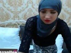 Arab Girl Twerking and Dancing on Webcam, Porn e2: - Cam Porn