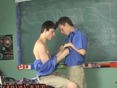 Gay twinks cumshots Damien Telrue and Dustin Revees are highly bored in