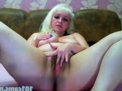 mature onlinecams Bright seductress zealously tickles her hot hairy pussy