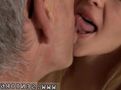 Teen girl sucks and eat older guy cum This would not score very high with