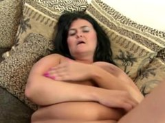 Gorgeous big mature mom From SEXDATEMILF.COM with perfect curvy body